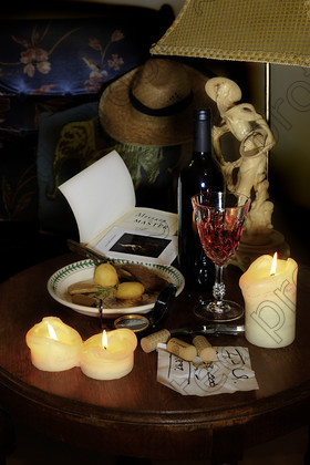 Still Life table for one 